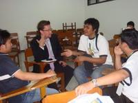 g0d3r dan Obetz berwawancara dan diskusi ringan dengan Tristam Perry